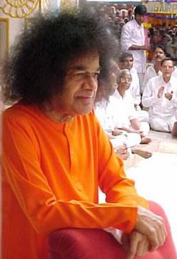 Sri_Sathya_Sai_Baba2