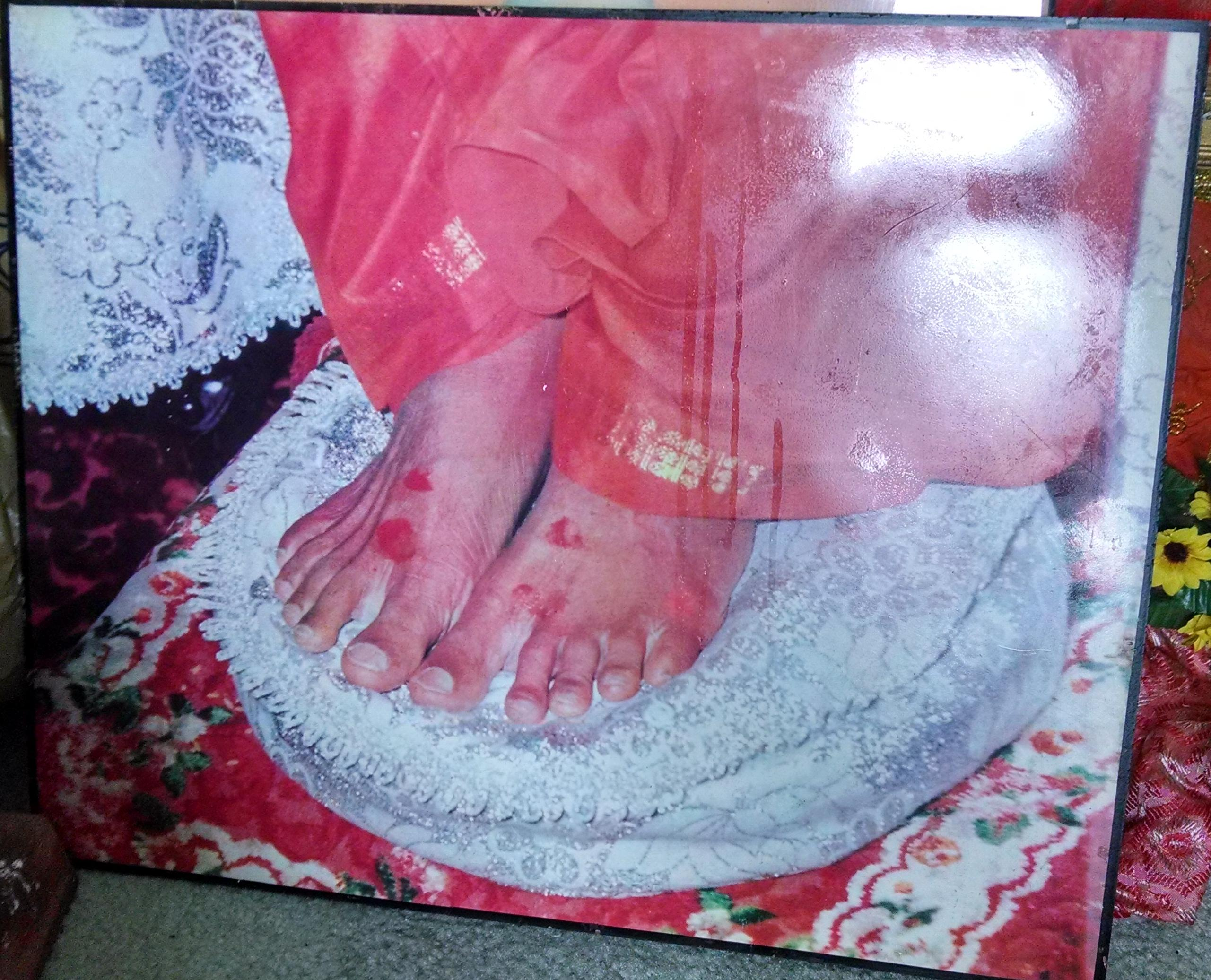 water_baba_feet_3